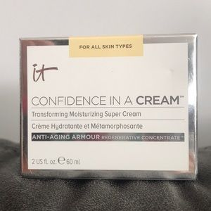 It cosmetics confidence in a cream. 2 ounces
